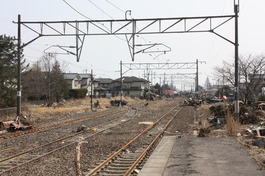浜吉田駅の被災状況3
